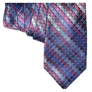 Calvin Klein Tie. 100 % Silk.